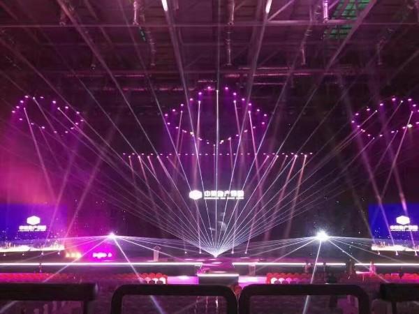 高品质的舞台灯光租赁公司带来的益处