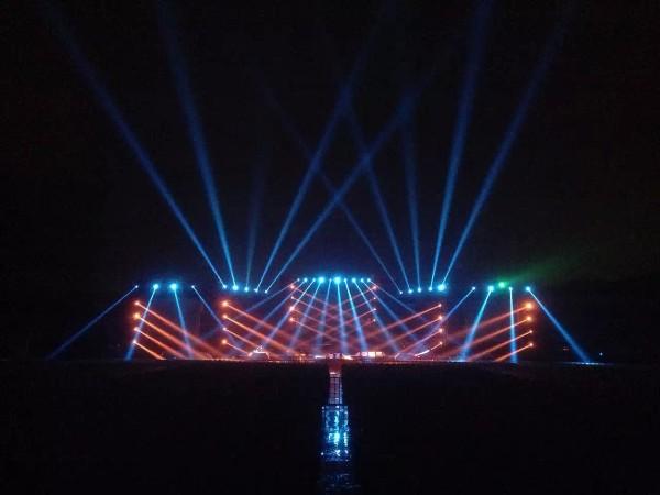 舞台灯光租用价格