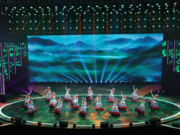 庆祝中国成立70周年大型文艺晚会雷亚架舞台租赁案例