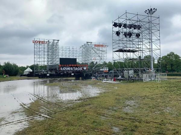 户外搭建舞台天气恶劣防护措施