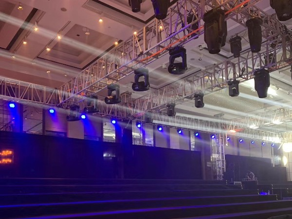 如何选择优质的杭州LED显示屏租赁公司
